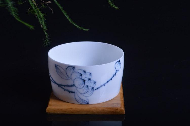9 Hand-Painting Flowers Pattern Blue And White Ceramic Tea Cup Chinese Blue And White Porcelain Tea Set Chinese Style Ceramic Teaware